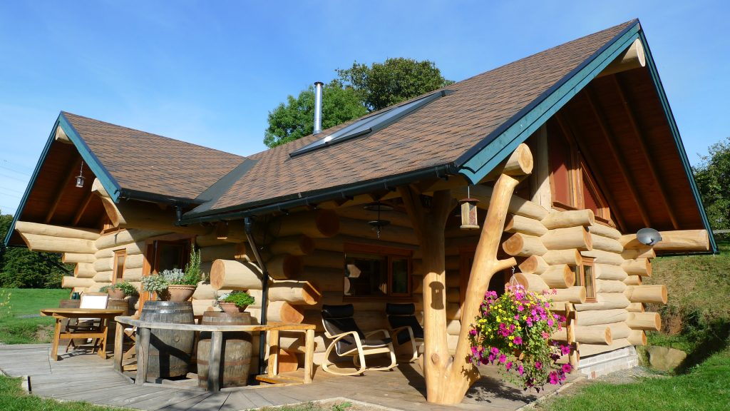 Ecolog Cabin in Ludlow, Shropshire